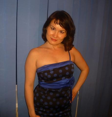 Девушки в Азнакаево: Эльвира, 43 - ищет парня из Азнакаево